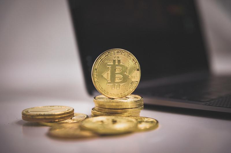 【今後】ビットコインだけ暴騰!?大数の法則から分かりやすく解説します!
