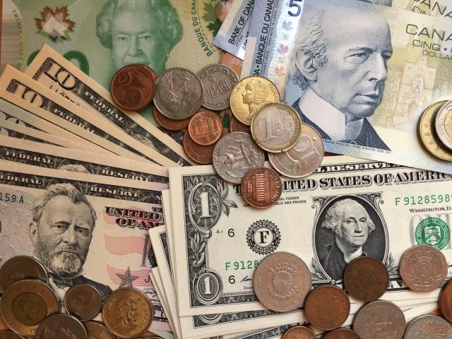 FRBがゼロ金利を導入!?日銀の金融緩和についても解説