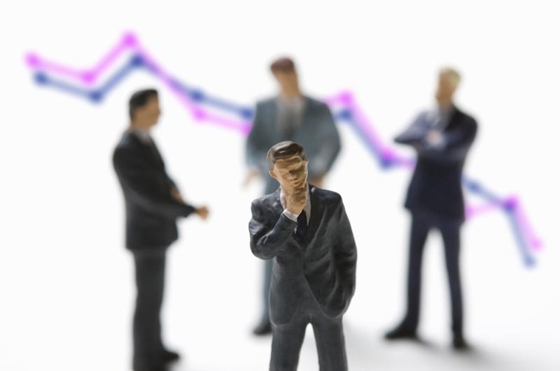 人身売買に関与した企業の資産凍結で株価暴落!?アマゾン社CEOが辞任か。